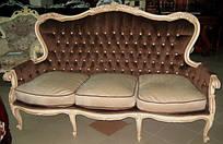 Роскошный, велюровый диван-кабриоль с высокими подлокотниками