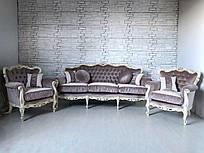 Диван и два кресла. Мягкая мебель в стиле рококо.
