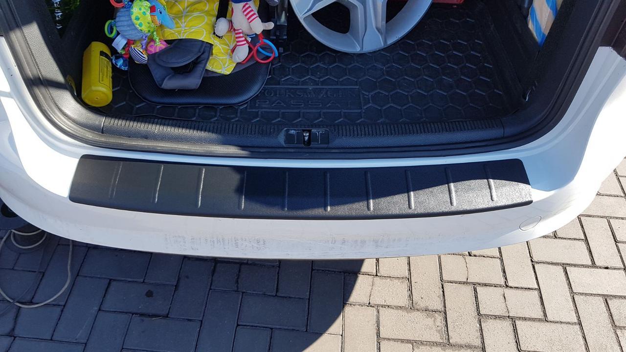 Защитная накладка на задний бампер VW Passat B7 Combi