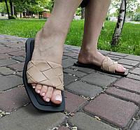 Шлепанцы женские из искусственной кожи бежевого цвета, фото 1
