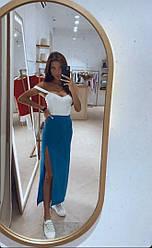 Длинная женская юбка с разрезом