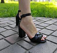 Босоножки на каблуке с плетеной косичкой из натуральной кожи, фото 1
