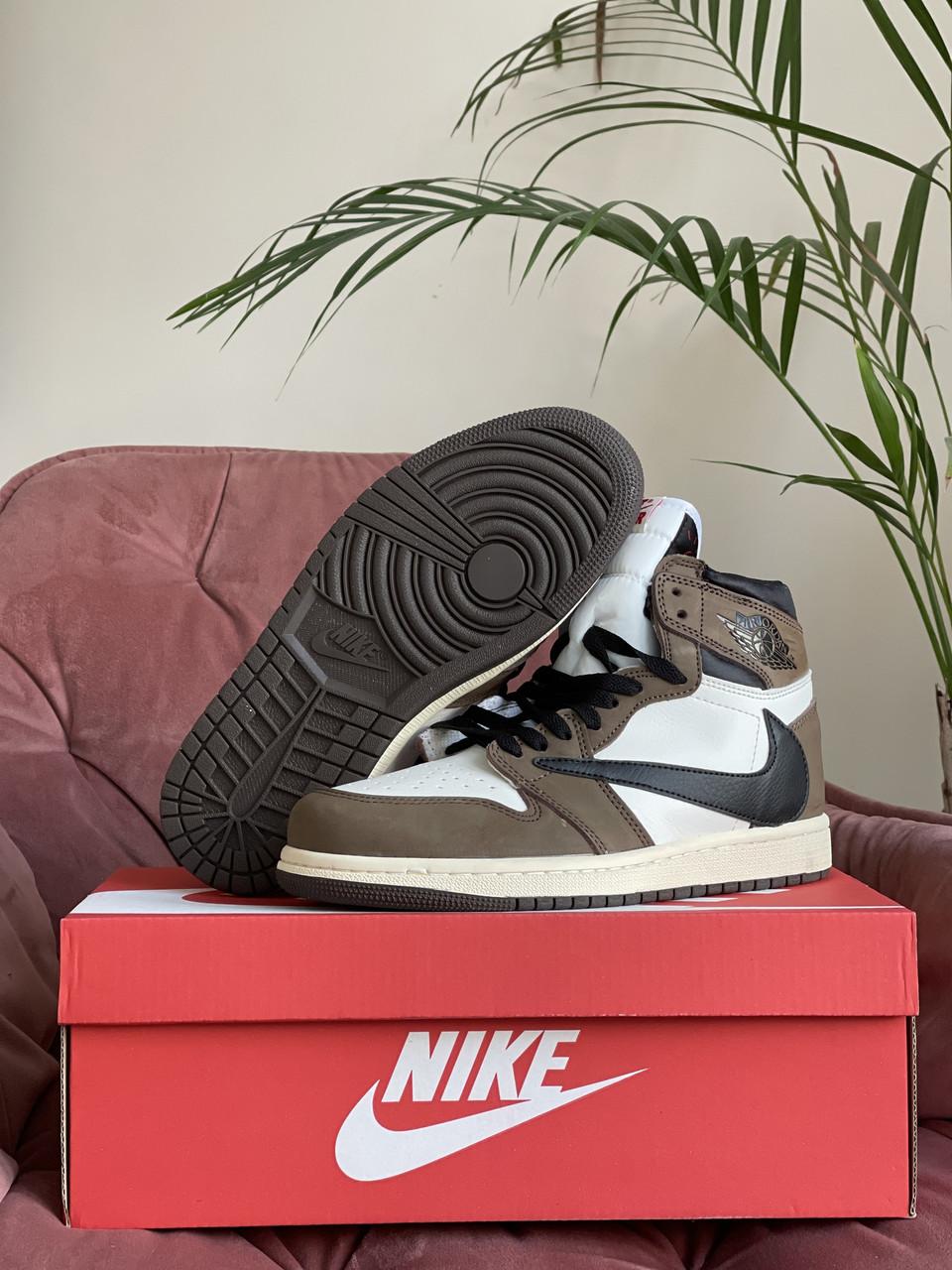 Женские кроссовки Nike Air Jordan (бело-коричневые) В10278 крутая обувь повседневная