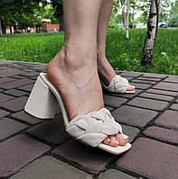Светло-бежевые замшевые шлепанцы на каблуке, фото 1