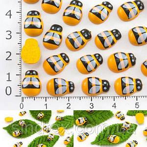(5грамм 35 шт) Бджілки БЕЗ липучки 12х8мм, дерев'яний міні декор (сп7нг-6331)