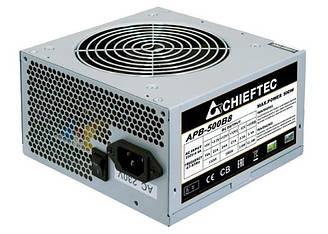 Блок питания Chieftec APB-500B8 Value, ATX 2.3, APFC, 12cm fan, КПД 80, bulk ES, КОД: 1901492