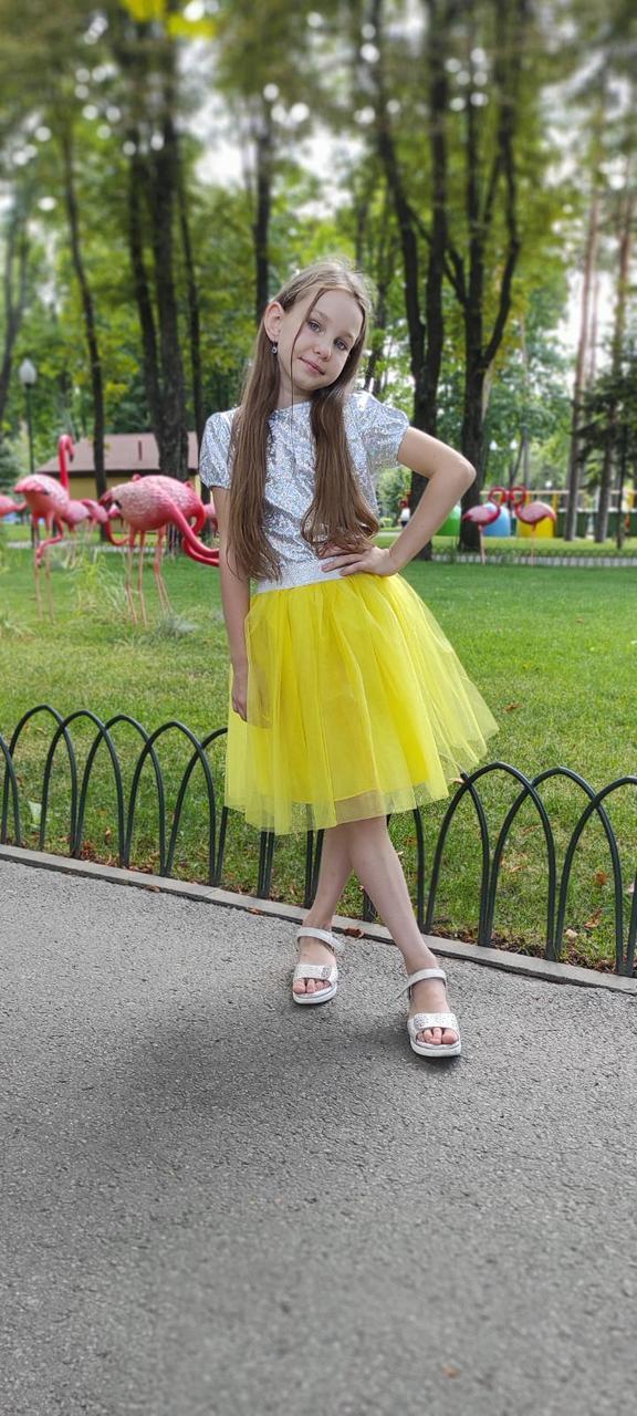 Яскрава святкова фатінова спідниця на дівчинку від 2 до 10 років 98-164 см