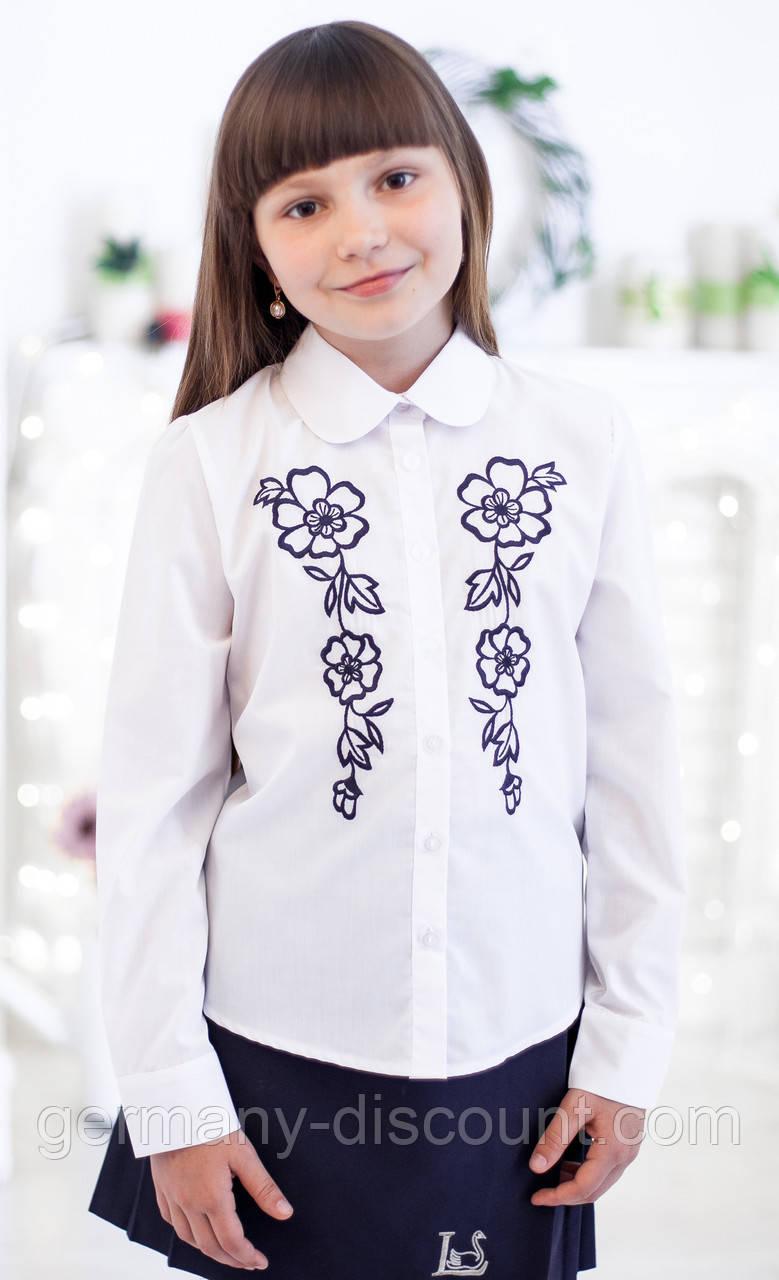 """Блузка """"Світ блуз"""" з красивою вишивкою мод. 5015"""