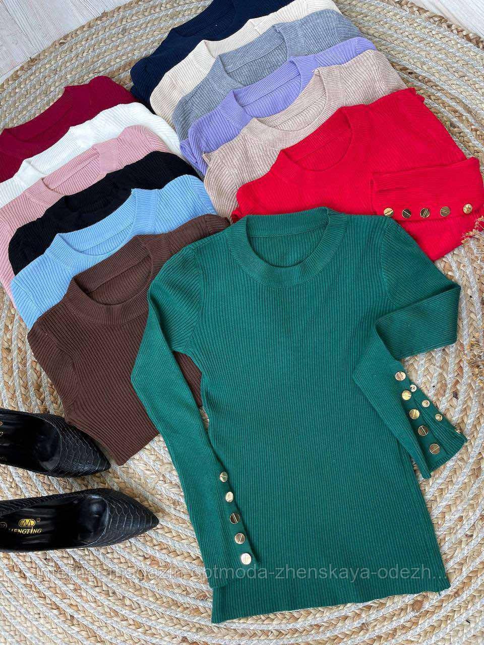 Повседневная женская кофта с пуговками на рукавах. Модная женская одежда
