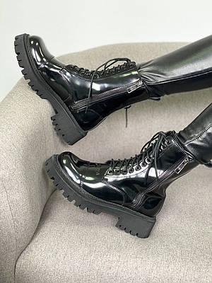 Черные глянцевые ботинки