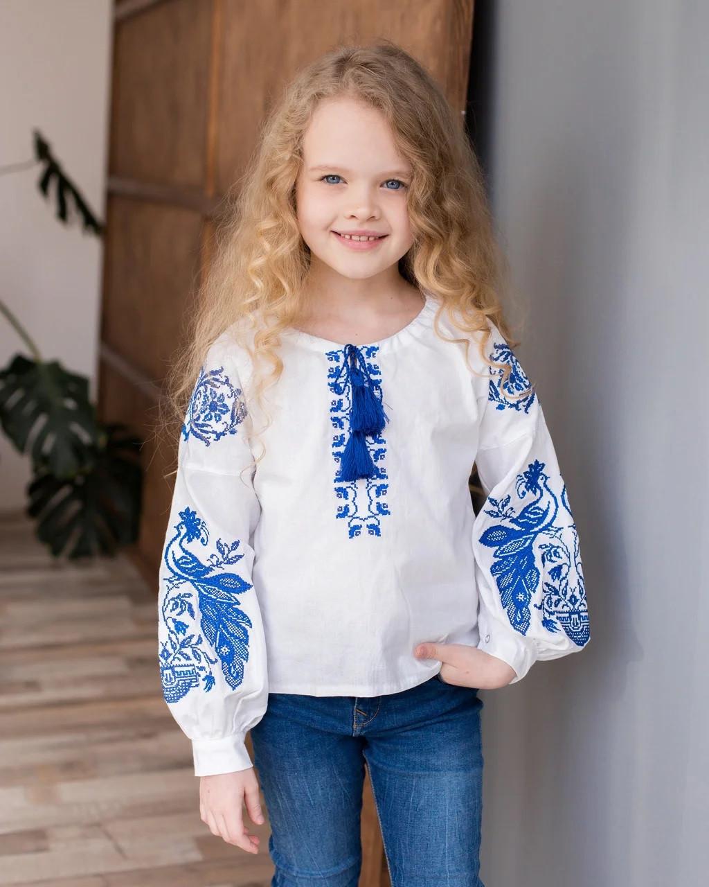 Вишита блузка для дівчинки з синім орнаментом Жар-птиця