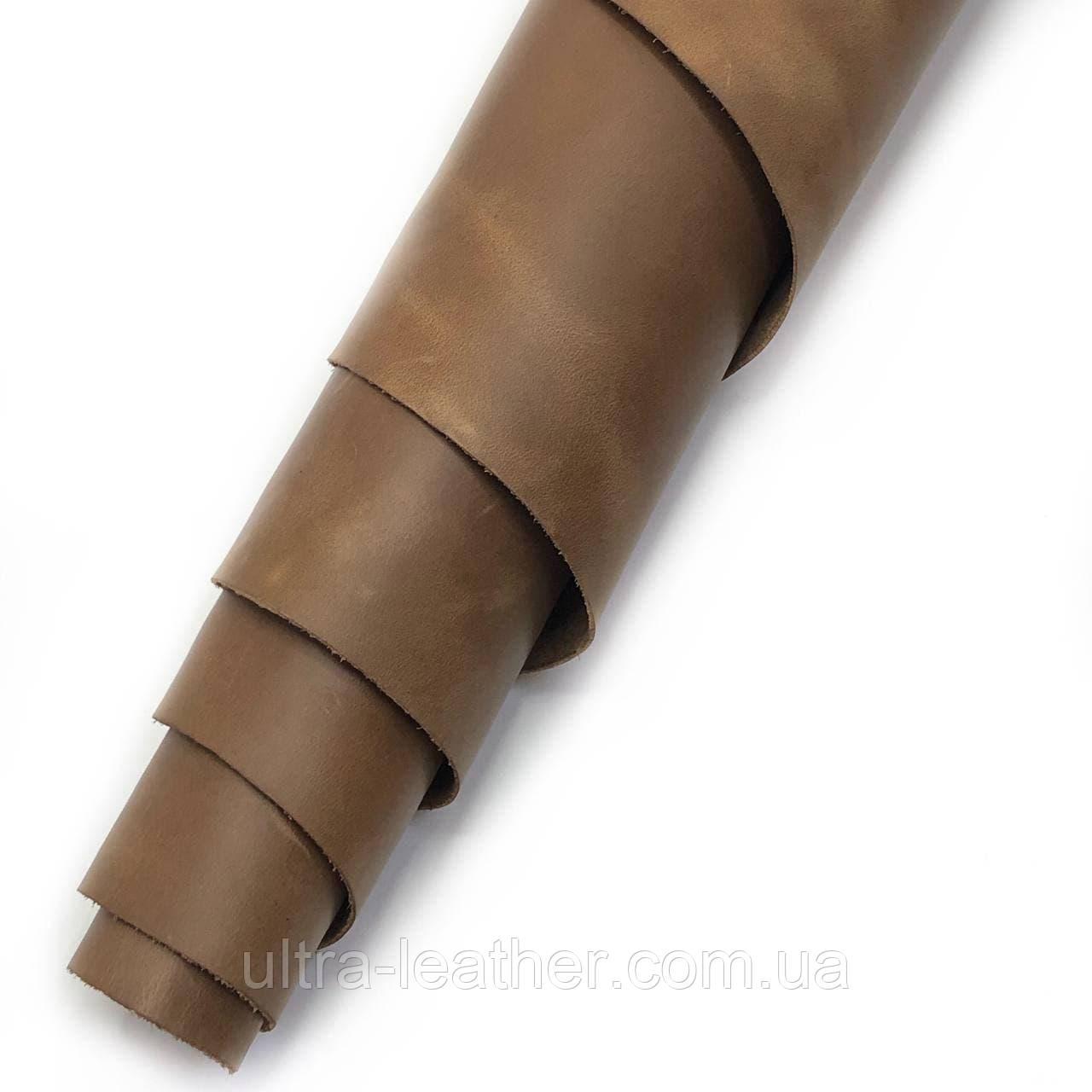 Натуральная галантерейная кожа Крейзи Хорс, Светло-коричневый Pantone 18-0940