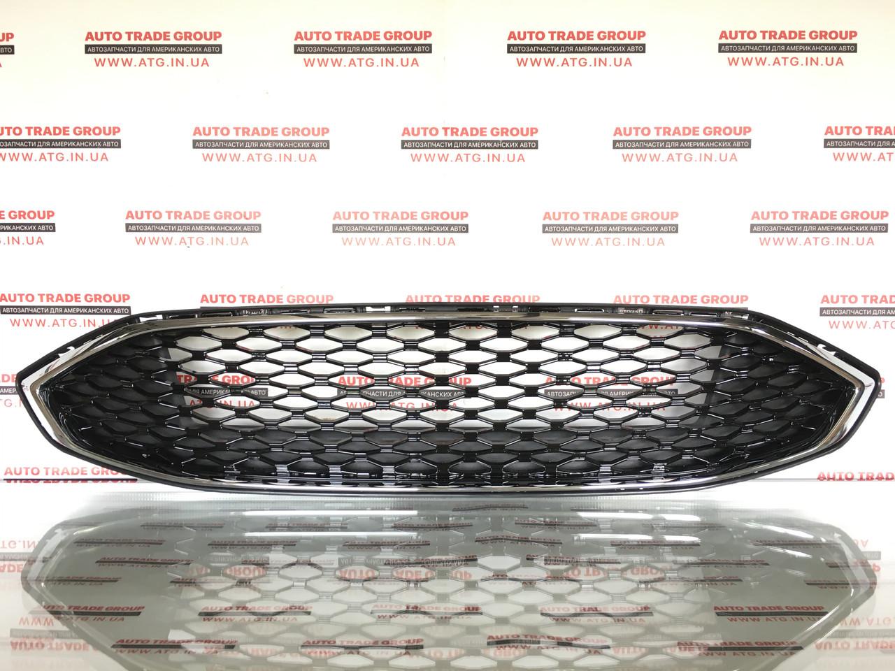 Решетка бампера верхняя черная хром ободок Ford Fusion 2017-2018 неоригинал HS7Z8200VA