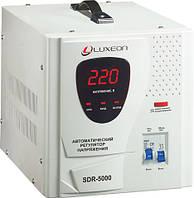 Стабилизаторы напряжения Luxeon 5000VA  SDR5000