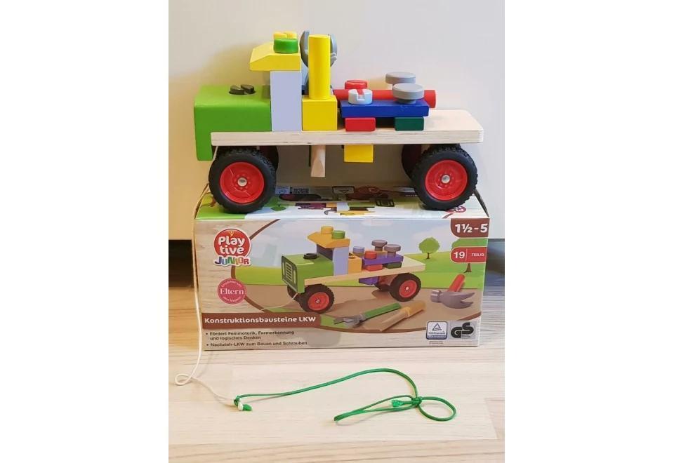 Конструктор грузовик со строительными блоками и инструментами PlayTive 19 элементов