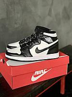 Кроссовки мужские Nike Jordan Retro 1 красовки найк джордан ретро высокие черно-белые кроссы джордани весенние