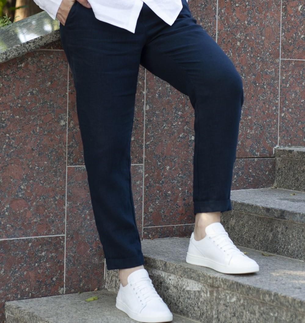 Льняные брюки темно-синего цвета