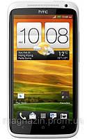 Первый смартфон с четырех ядерным процессором, первый HTC One X.