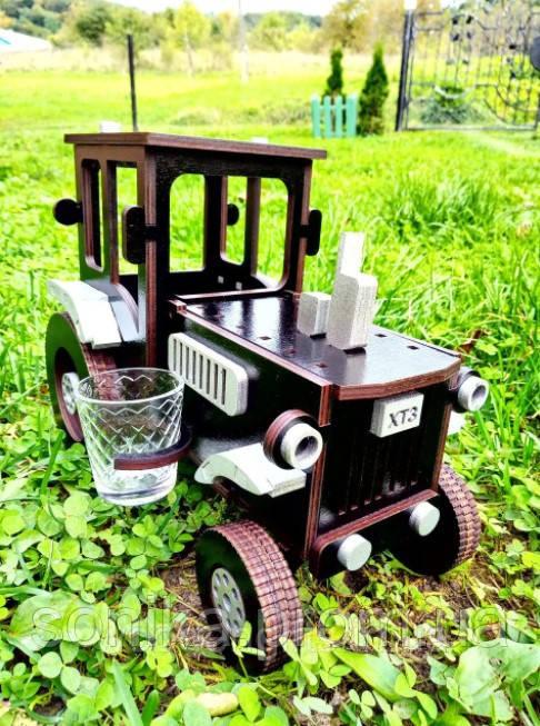 Дерев'яний Міні-бар Трактор 26*14*20 см