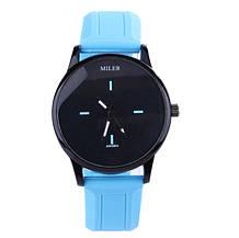 Женские наручные часы голубые