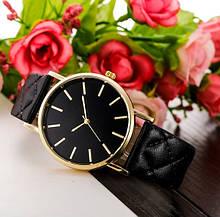 Женские наручные часы черные