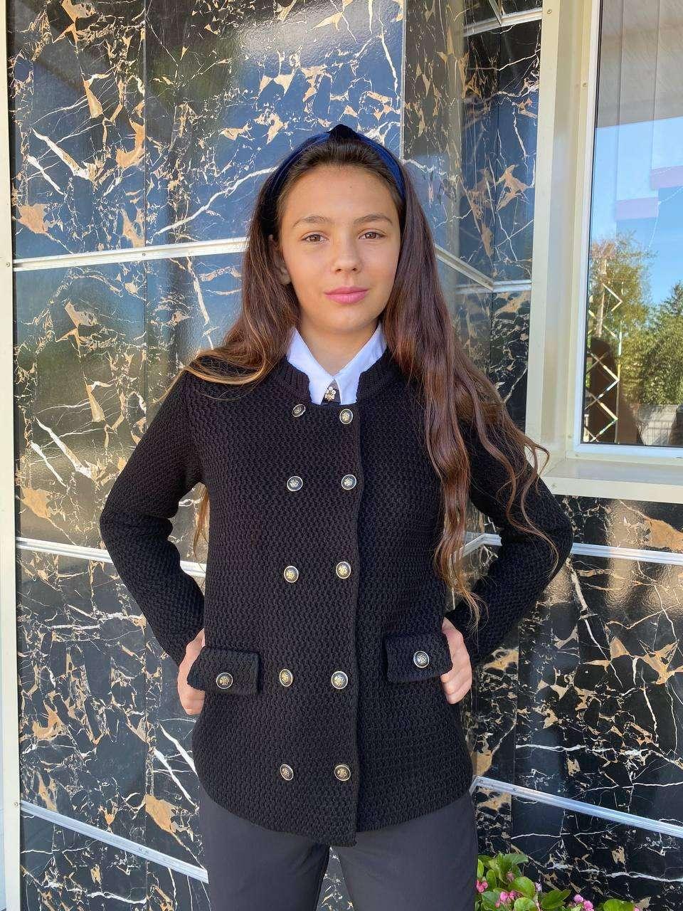 Піджак в'язаний для дівчаток підлітків р. 152 і 158 см 12 і 14 років