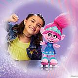 Інтерактивна Троль Трояндочка на роликахTrolls Poppy Hasbro, фото 6