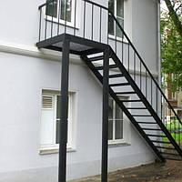 Наружные металлические лестницы.