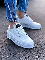 Кроссовки мужские стильные белый цвет. Мужские стильные кроссовки белого цвета.