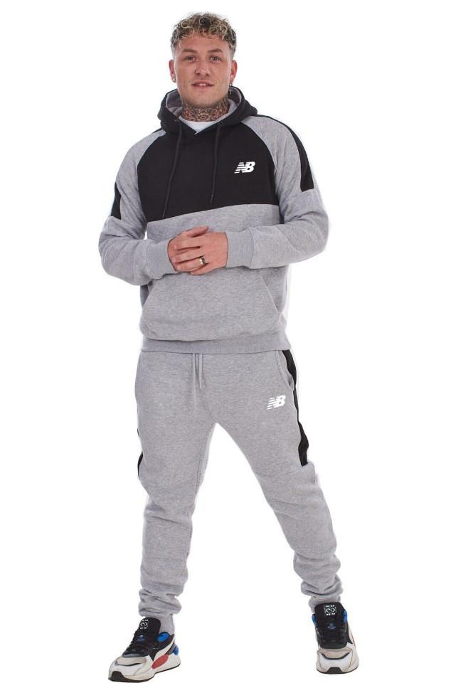 Спортивный костюм со вставками New Balance (Нью Беленс) серо-черный