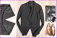 Стильный жакет ― куртка из костюмной ткани.
