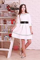 Красивое, модное, жаккардовое белое детское платье.