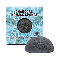 Очищающий спонж конняку с древесным углем Trimay Charcoal Konjac Sponge