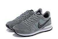 Женские кроссовки Nike Internationalist серые