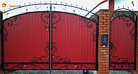 Красивые ворота из профнастила и ковкой - установка, производство в Херсоне