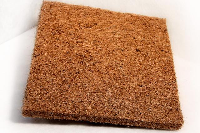 Латексированная кокосовая койра в листах