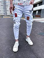 Мужские джинсы зауженные (голубые) с разными логотипами брендов молодежные дырявые штаны s980