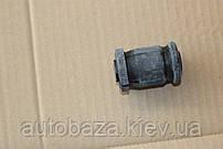 Сайлентблок важеля переднього малий EC7 1064001265