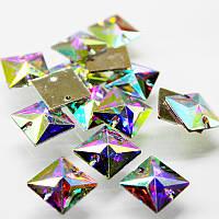 Пришивные стразы(синтетич.стекло).20х20мм Форма квадрат .Цвет Crystal AB(хамелеон).Цена за 1шт