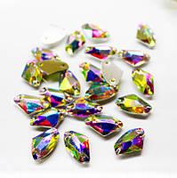 Пришивные камни(синтетич.стекло).Форма Tопорик 8.5х14мм.Цвет Crystal AB(хамелеон).Цена за 1шт
