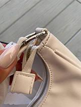 Жіноча сумка-багет Селін люкс репліка в молочному кольорі, фото 3
