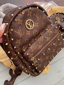 Женский рюкзак-сумка Луи Виттон люкс реплика с шипами