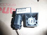 Датчик удара Renault Megane II 03-06 (Рено Меган 2), 8200411025