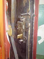 Ремонт входной двери после взлома