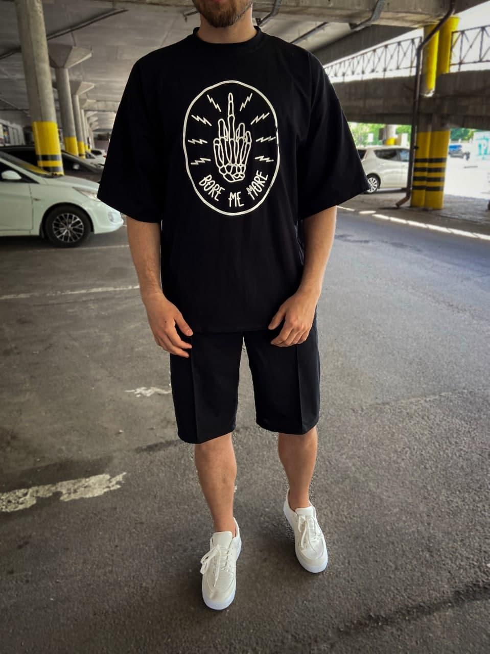 Чоловіча чорна футболка оверсайз з малюнком бавовна BMM