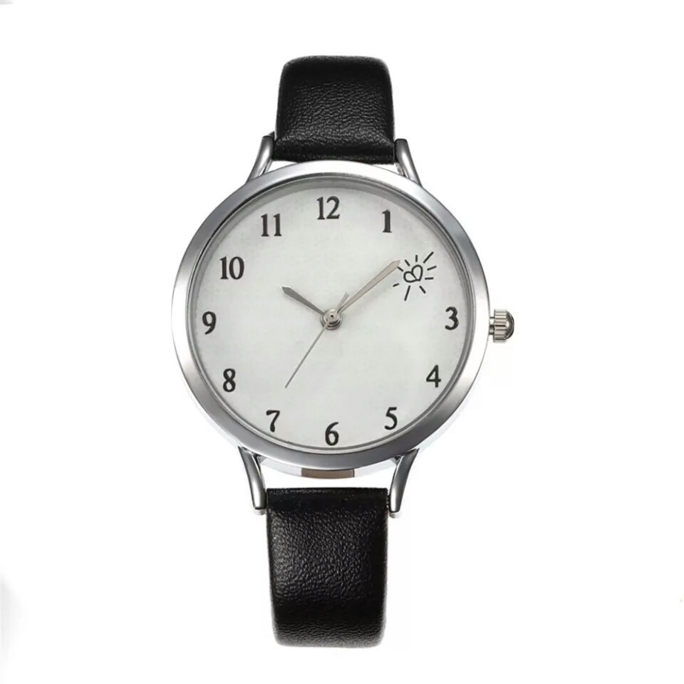 Недорогі жіночі годинники, 5 кольорів ремінця.