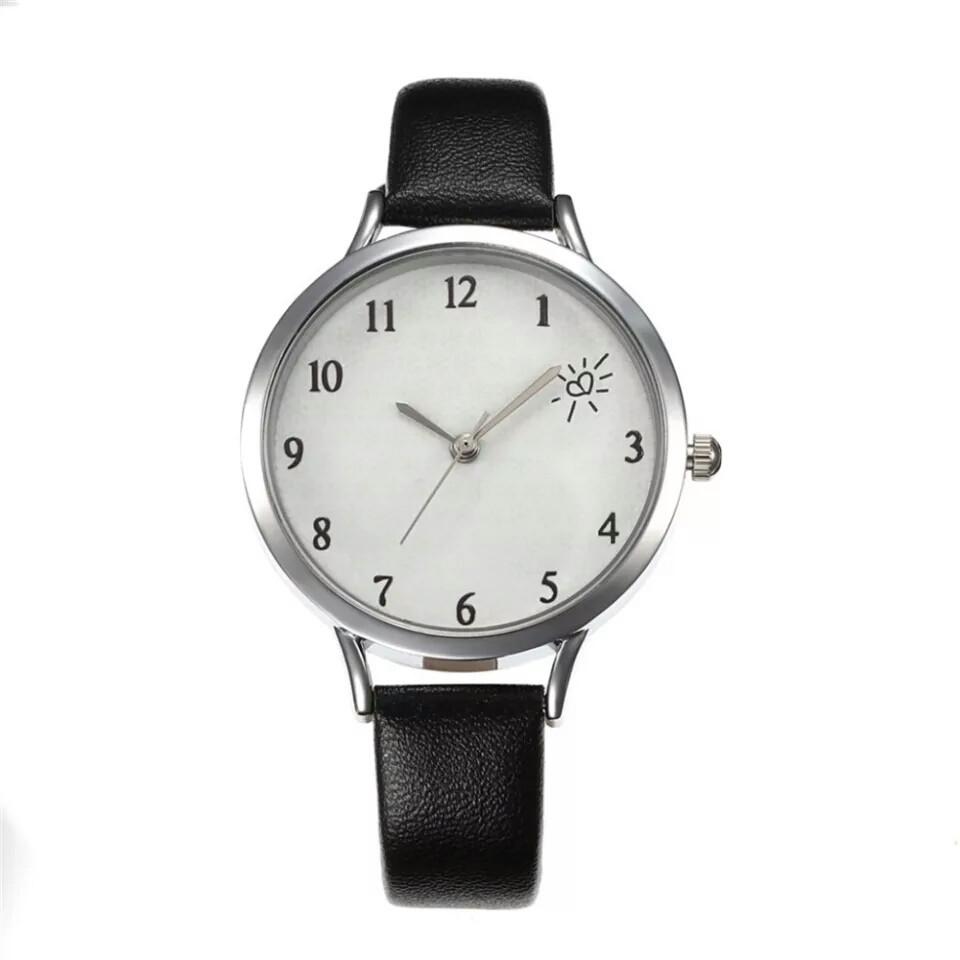 Недорогие женские часы, 5 расцветок ремешка.
