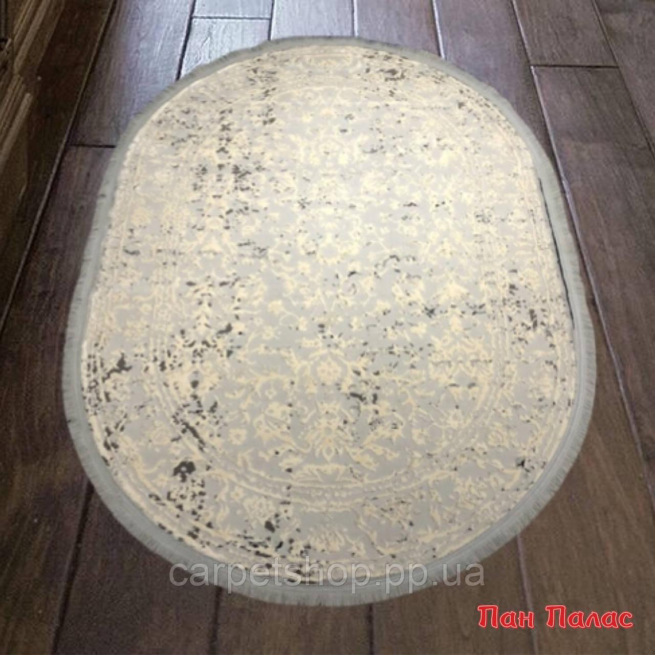 2х3 м. Килим Petra 5810, колір беж на підлогу у вітальню. Овали і прямі.