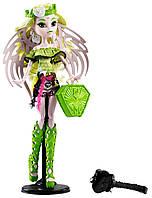 Кукла Монстер Хай Бетси Кларо серия Монстры по обмену (Школьный обмен) Brand-Boo Students Batsy Claro