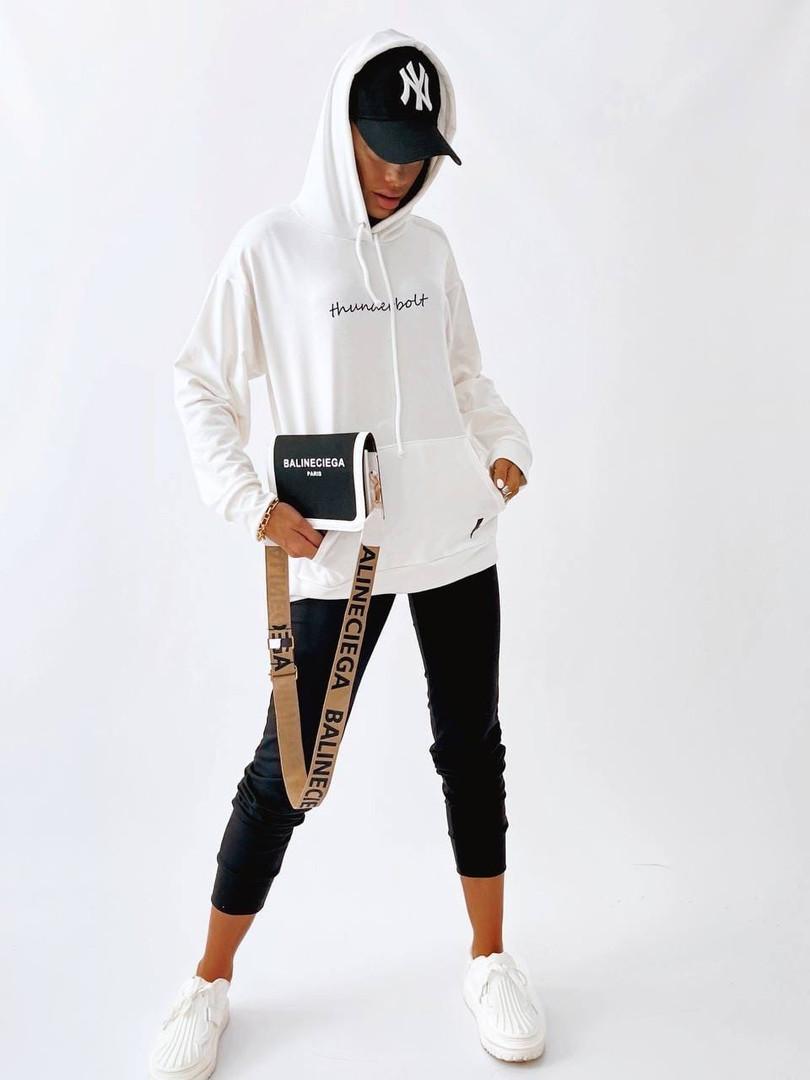 Женский спортивный костюм с лампасом